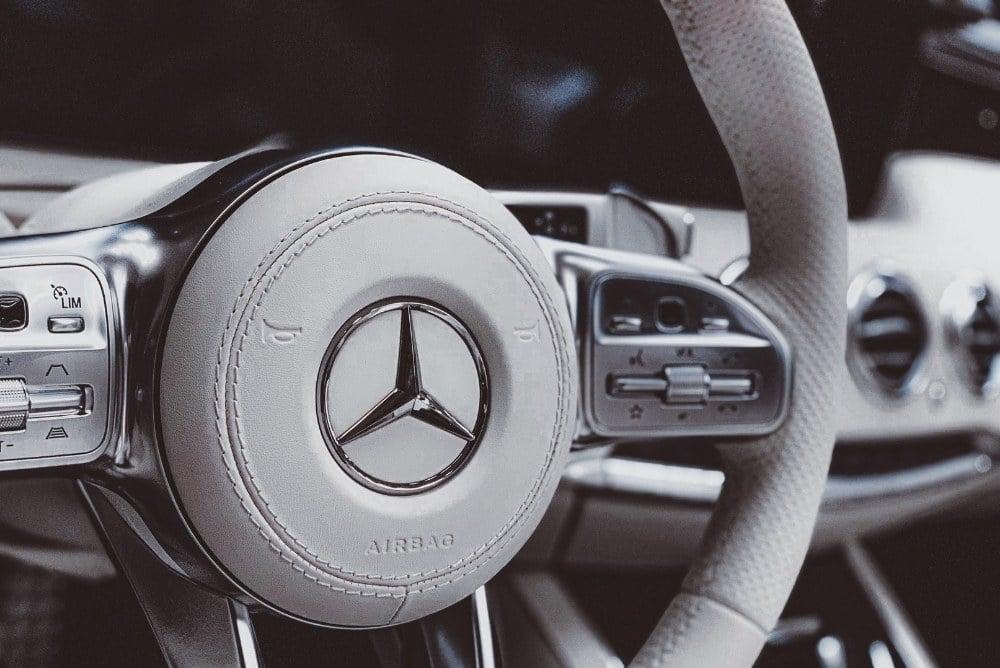 Daimler Mitarbeiter erhalten Corona-Bonus von bis zu 1.000 Euro